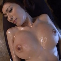 Julia oil massage