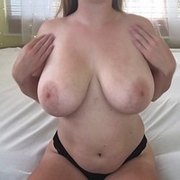 SmallGirlBigTitties