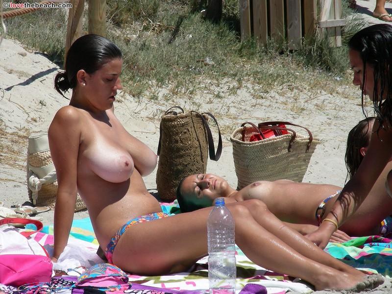Topless beach tits